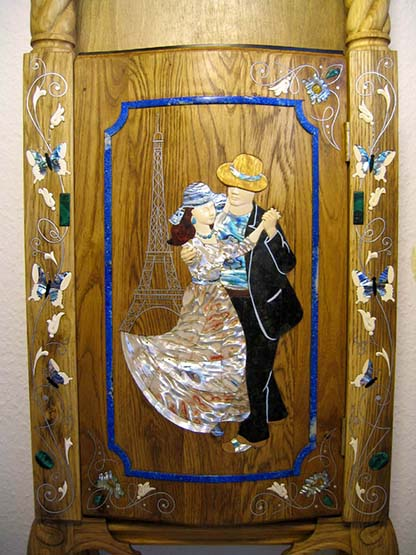 Longcase clock (grandfather clock), The plot Auguste Renoir's Dance at Bougival
