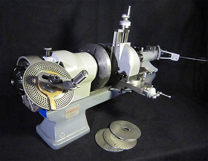 The lathe Schaublin 70, Perforated-disc dividing attachment with 4 discs for headstocks