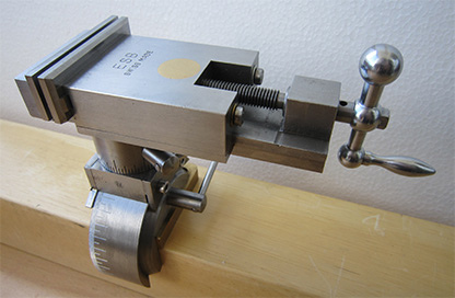 Precision parallel tool-clamping vise ESB (Swiss Made) with new jaws