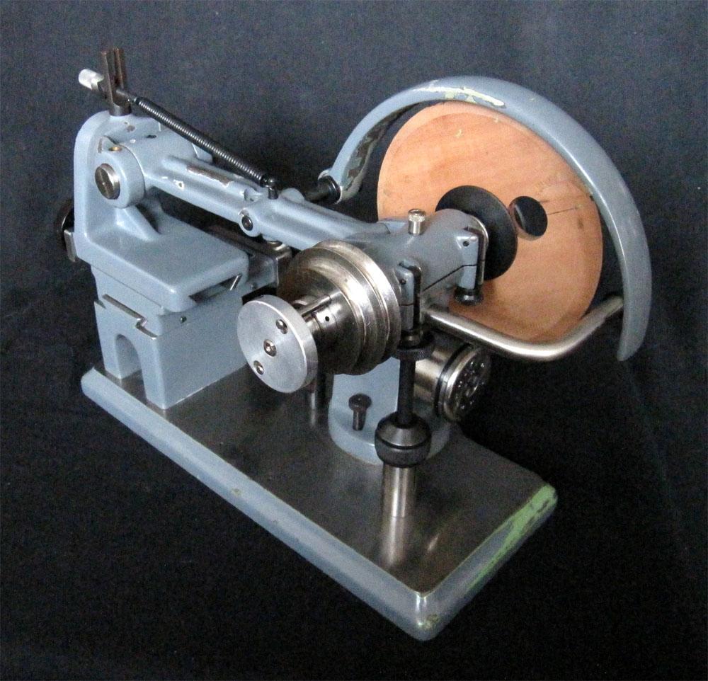 Pinion Pollishing Maschine Prata Type 11, Workshop Of